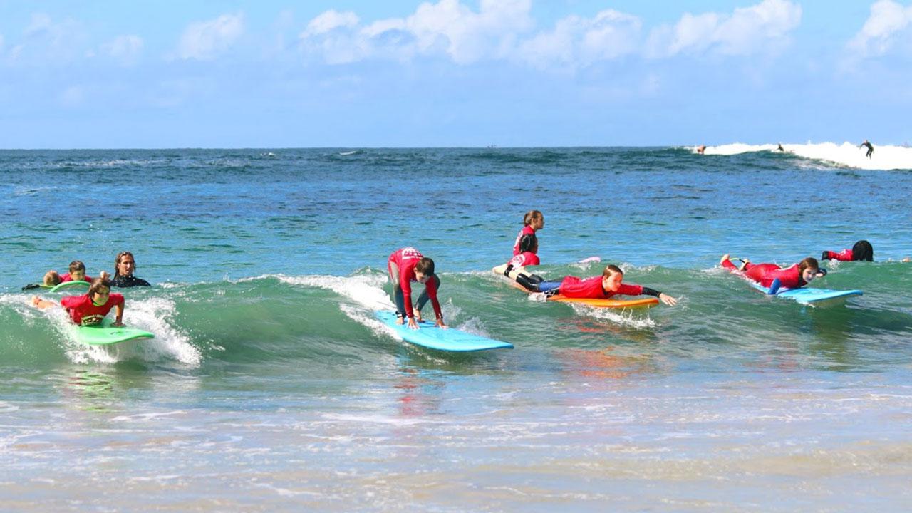 kids-surfing-cronulla